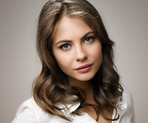 Willa Holland Wiki